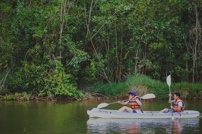 Sao không thử chèo Kayak và khám phá thiên nhiên tại Madagui - Ảnh: MDG