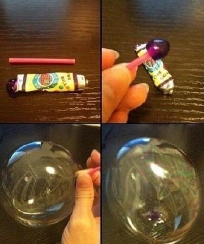 Nhiều cô cậu học trò từng nhịn quà vặt để dành tiền mua keo thổi bong bóng.