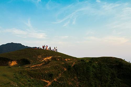 Núi luôn thu hút được những người ưa mạo hiểm, khám phá núi rừng