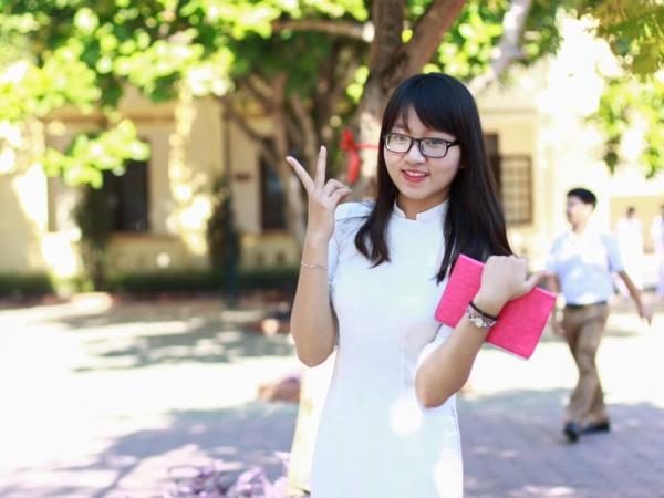 Con gái Lạng Sơn chẳng những xinh lại còn giỏi- ảnh Kenh14.vn