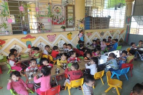 Theo Nghị định số 6/2018/NĐ-CP, có 3 đối tượng trẻ mầm non được hỗ trợ tiền ăn trưa. (Ảnh: Báo Đakrông)