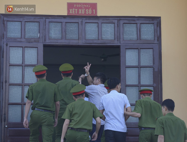 Bị cáo Vinh - chủ mưu bị tuyên phạt 8 năm tù.