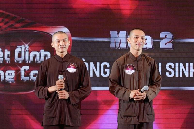 Sư thầy Hoàn Nguyên và Nhất Nguyên hiện trú tại chùa Bồng Lai (Long An)