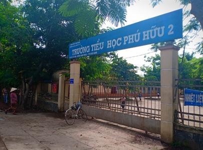 Trường Tiểu học Phú Hữu 2, nơi xảy ra vụ việc