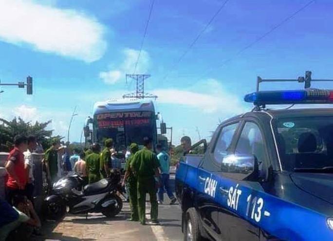 Hiện trường nơi xảy ra vụ việc đánh nhau giữa 2 nhà xe - Ảnh người dân cung cấp