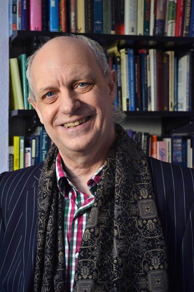 Nhà ngoại cảm người Anh Craig Hamilton-Parker.