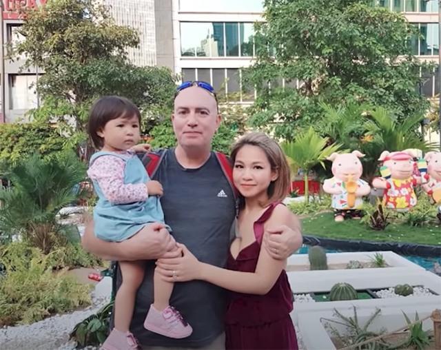 Hình ảnh gia đình chị Thảo Nguyên.