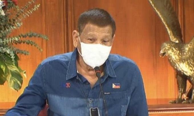 Tổng thống Philippines Rodrigo Duterte phát biểu trên truyền hình tối 2/8. Ảnh: Văn phòng tổng thống Philippines.