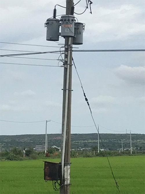 Công trình điện bị hư hỏng do mưa bão ở Bắc Bình trước đó