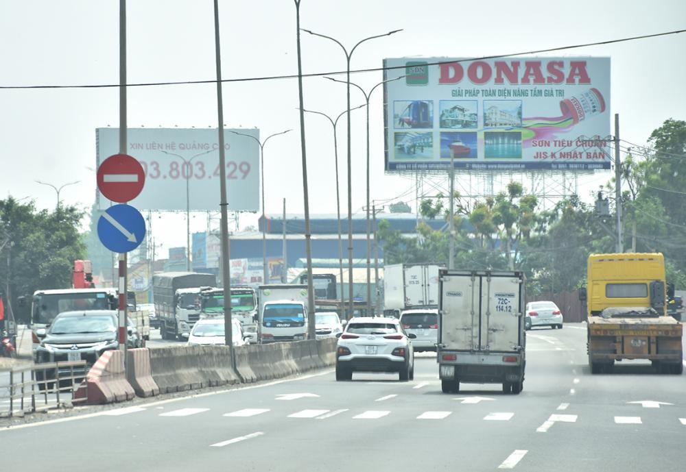 Trạm thu phí T3 (ngã 3 Long Sơn - QL51) thường xuyên quá tải về lưu lượng phương tiện.