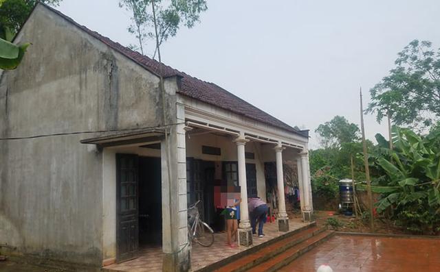 Ngôi nhà mà H. cùng bà nội đang sinh sống.
