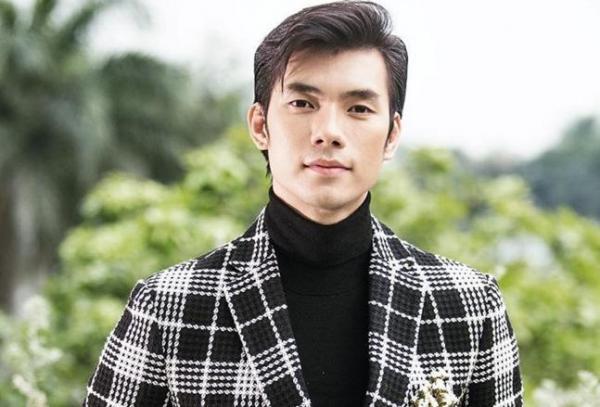 Nhiều cái tên đến từ Việt Nam giành danh hiệu trong Mister Global, Manhunt International và Mister International. Trong danh sách 15 nước có đàn ông quyến rũ nhất thế giới, Việt Nam xếp thứ hai.