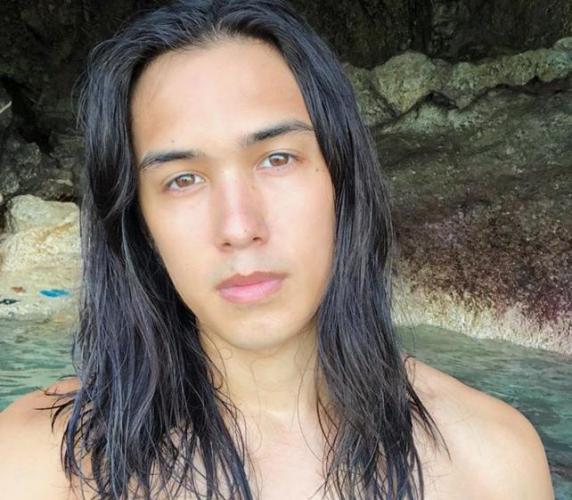 """Trong cuộc thi Mister Global, đại diện đến từ Philippines xuất sắc giành danh hiệu """"nụ cười quyến rũ"""" và """"được bình chọn nhiều nhất"""". 2 cuộc thi Manhunt International và Mister International cũng thuộc về các """"nam thần"""" quốc gia Đông Nam Á này."""