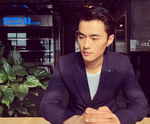 Trong cuộc thi Mister Global, đại diện Trung Quốc đã có những màn trình diễn xuất sắc. Họ cũng có hai chiến thắng trong cuộc thi Manhunt International năm 2007 và 2011.