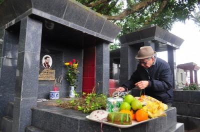 Mâm lễ tảo mộ- Ảnh Phongthuyvuong.com