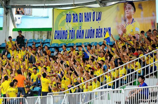 Người hâm mộ SLNA tôn trọng quyết định của Phi Sơn. Ảnh: Vnexpress.
