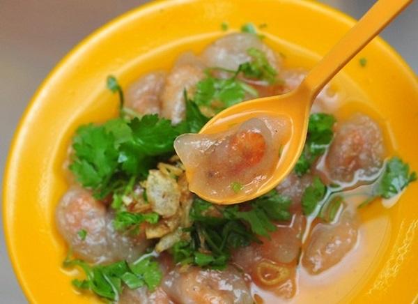 Bánh bèo là món ăn đặc sản của người Nghệ An nói riêng và của các tỉnh miền Trung nói chung.