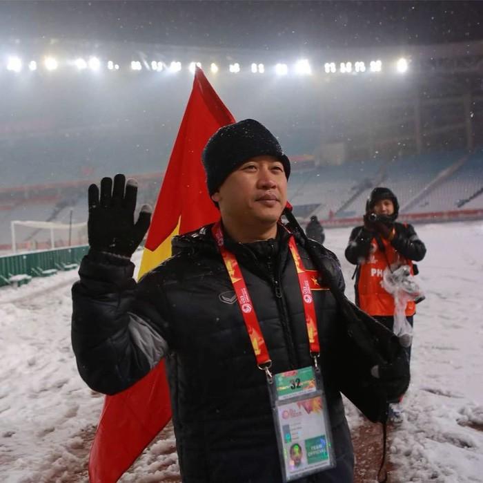 Trợ lý Lê Huy Khoa.