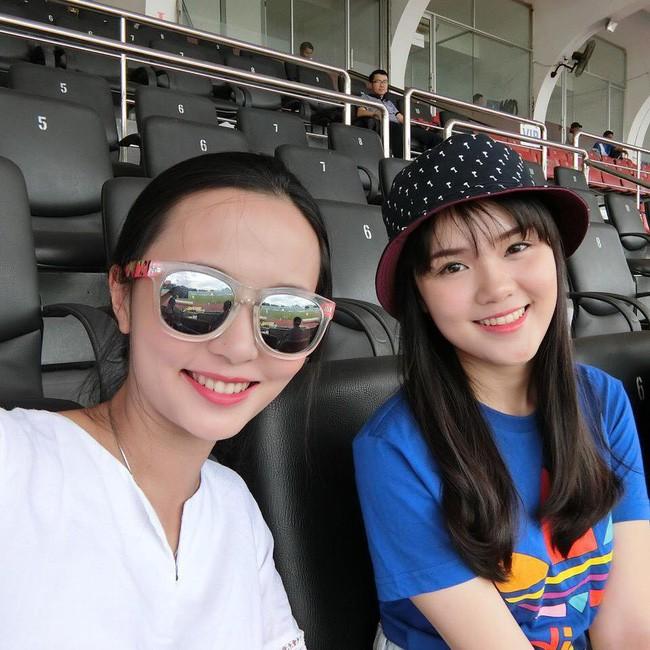 Ông Nguyễn Giang Đông thật may mắn khi có 2 cô con gái vô cùng xinh đẹp và giỏi giang.