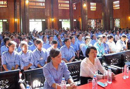 """300 lao động làm dịch vụ được bồi dưỡng nâng cao  """"Kỹ năng ứng xử văn minh du lịch"""""""