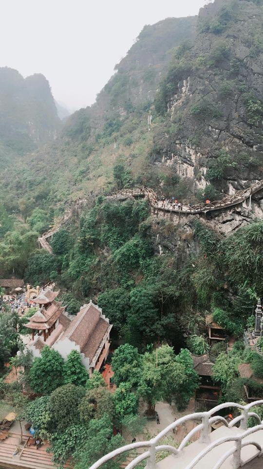 Khung cảnh nhìn từ trên cao hùng vĩ và bao la- ảnh Leej Gin
