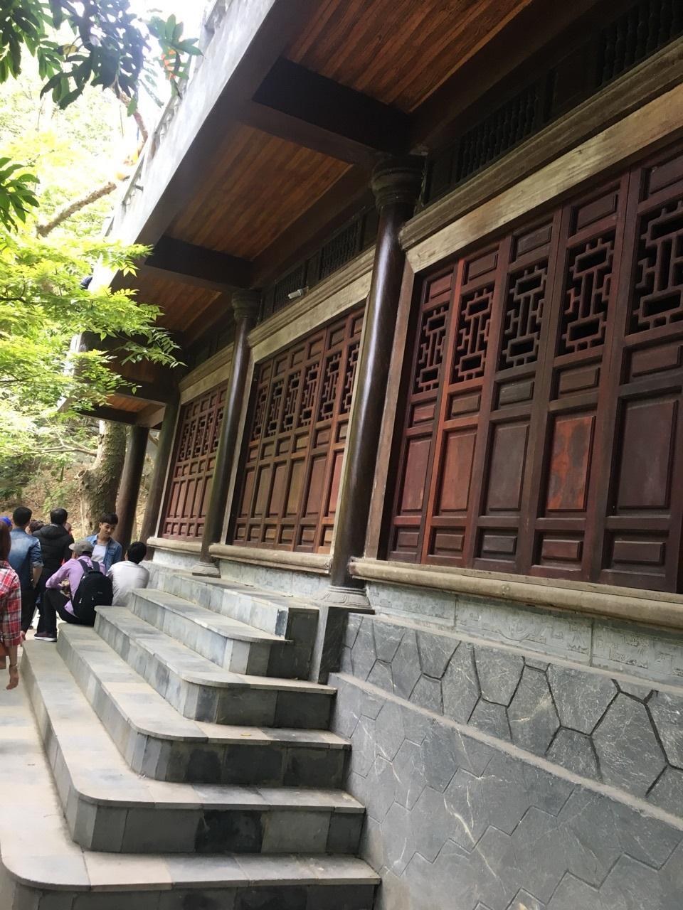 Ngôi chùa đã được trùng tu nhiều lần, tuy nhiên vẻ cổ kính thì vẫn chưa từng phai màu theo năm tháng