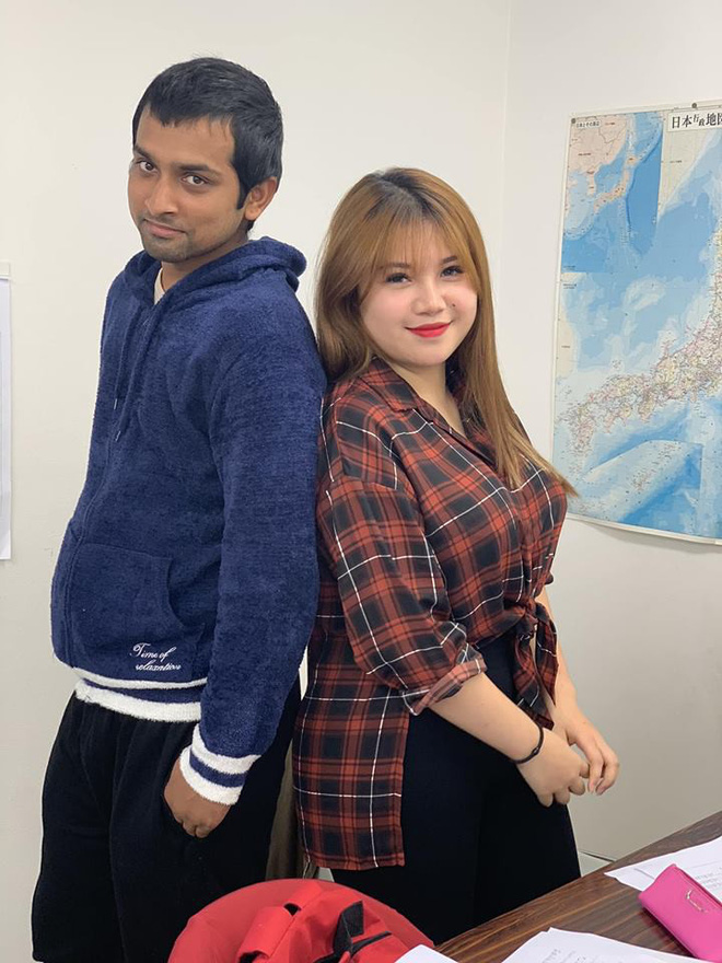 Bức ảnh Thu Trang chụp cùng bạn nam khiến nhiều người nghi đây là tình mới của Trang?