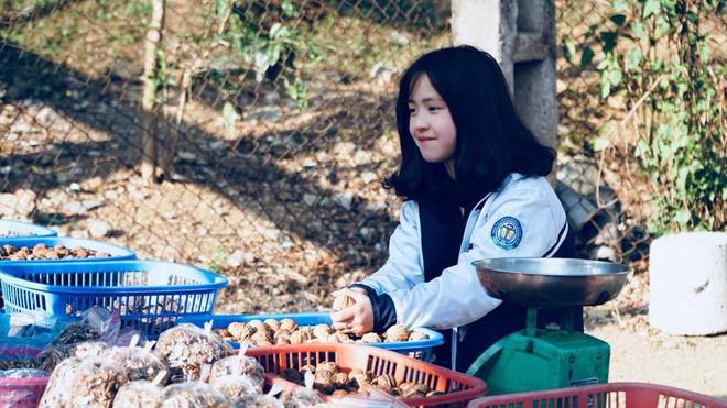 Hình ảnh của Vương Sinh do dân mạng đăng tải.