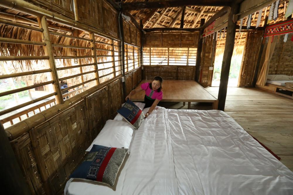 Đến với Homestay Mường Then du khách có thể trải nghiệm không gian đầm ấm, thân thiện khi lưu trú tại nhà sàn dân tộc Thái