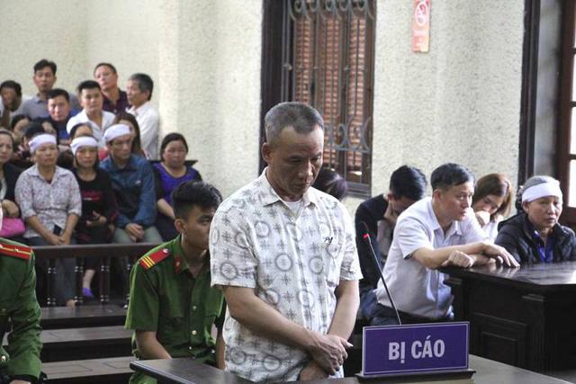 Bị cáo Trịnh Tố Huynh tại phiên tòa xét xử sơ thẩm sáng nay. Ảnh: Đ.Tùy
