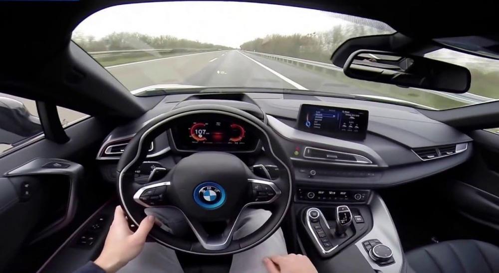 Thống kê của GoCompare cho thấy lái xe BMW có tỉ lệ bị phạt rất cao