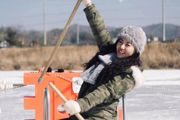Thanh Hương vừa có chuyến công tác cùng VTV2 tại Hàn Quốc.