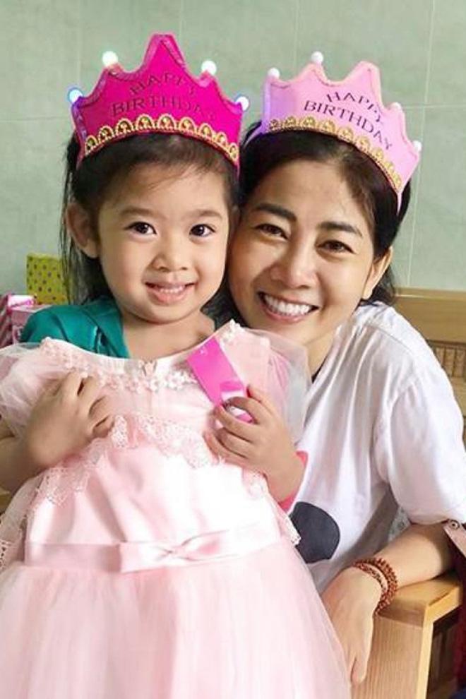 Suốt thời gian điều trị bệnh, Mai Phương vẫn giữ tinh thần lạc quan.