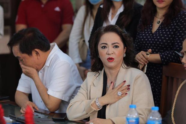 Bà Nguyễn Phương Hằng (vợ ông Dũng) từng gửi đơn tố cáo ông Võ Hoàng Yên lừa đảo, chiếm đoạt tài sản lên Bộ Công an