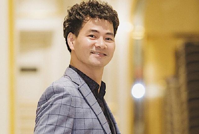 Hiện tại, Xuân Bắc làm Giám đốc Nhà hát Kịch Việt Nam.