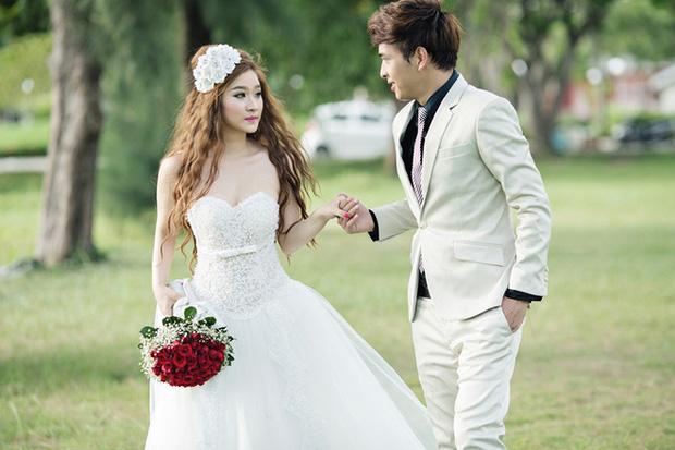 Ivy và Hồ Quang Hiếu kết hôn năm 2013