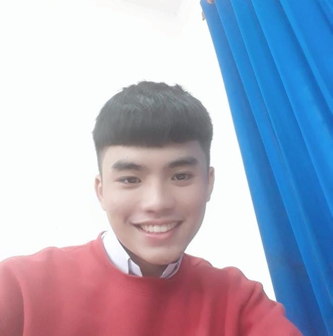 Nam sinh Đồng Nai có ước mơ trở thành ca sĩ. Ảnh: FBNV.