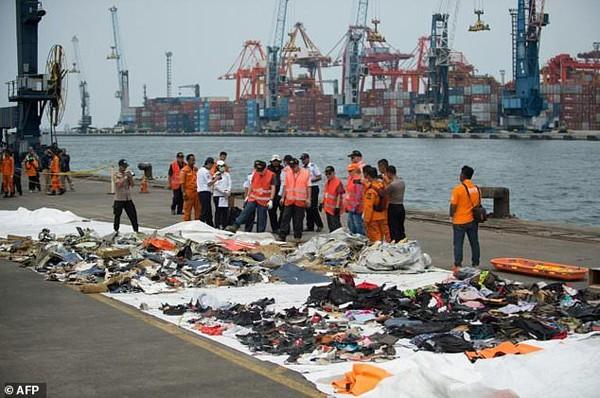Nhiều nạn nhân vẫn chưa xác định được danh tính trong vụ máy bay rơi.