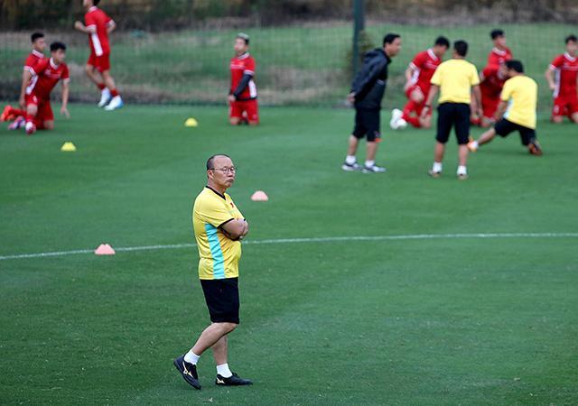 HLV Park Hang-seo đang tập trung cho trận đấu giữa ĐT Việt Nam và ĐT Malaysia trên SVĐ Mỹ Đình vào ngày 16/11 tới.