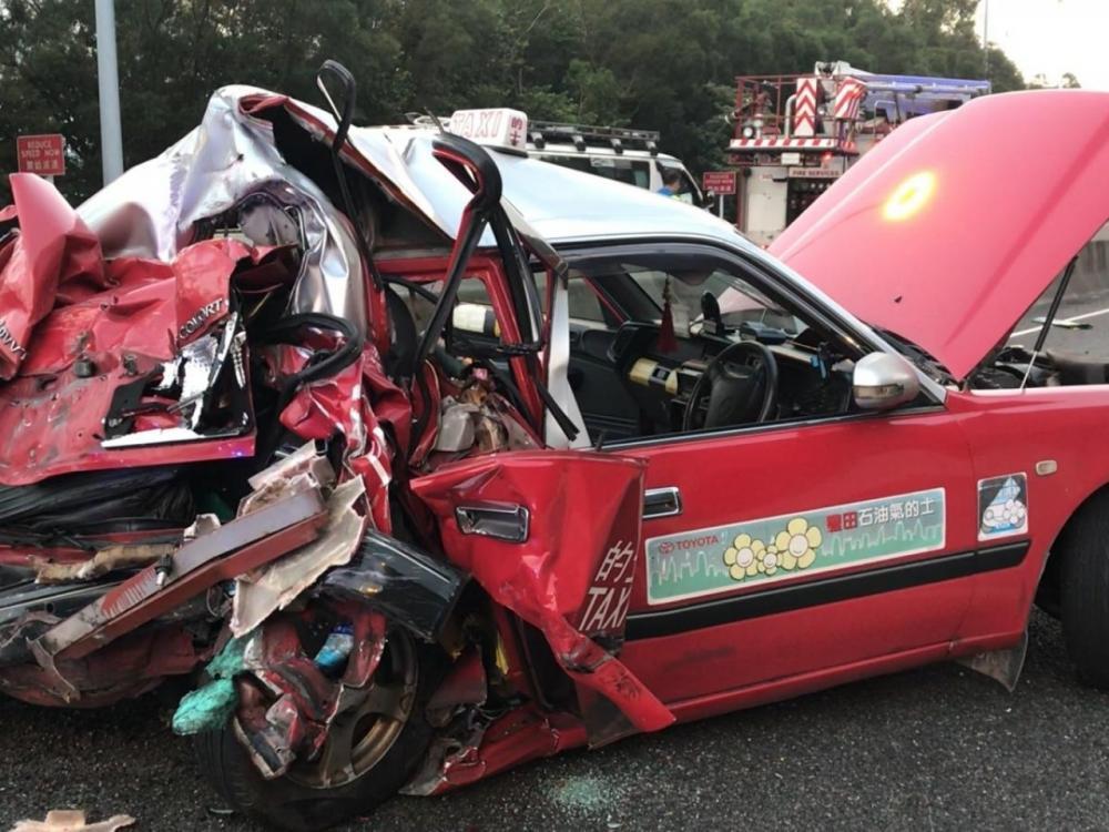 Vụ tai nạn thảm khốc khiến ít nhất 5 người đã thiệt m.ạng và 34 người bị thương. Ảnh: news.rthk.hk