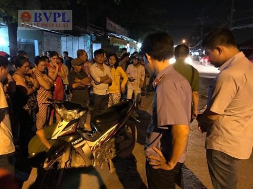 Viện kiểm sát nhân dân huyện Củ Chi đã cử kiểm sát viên đến kiểm sát việc khám nghiệm hiện trường.