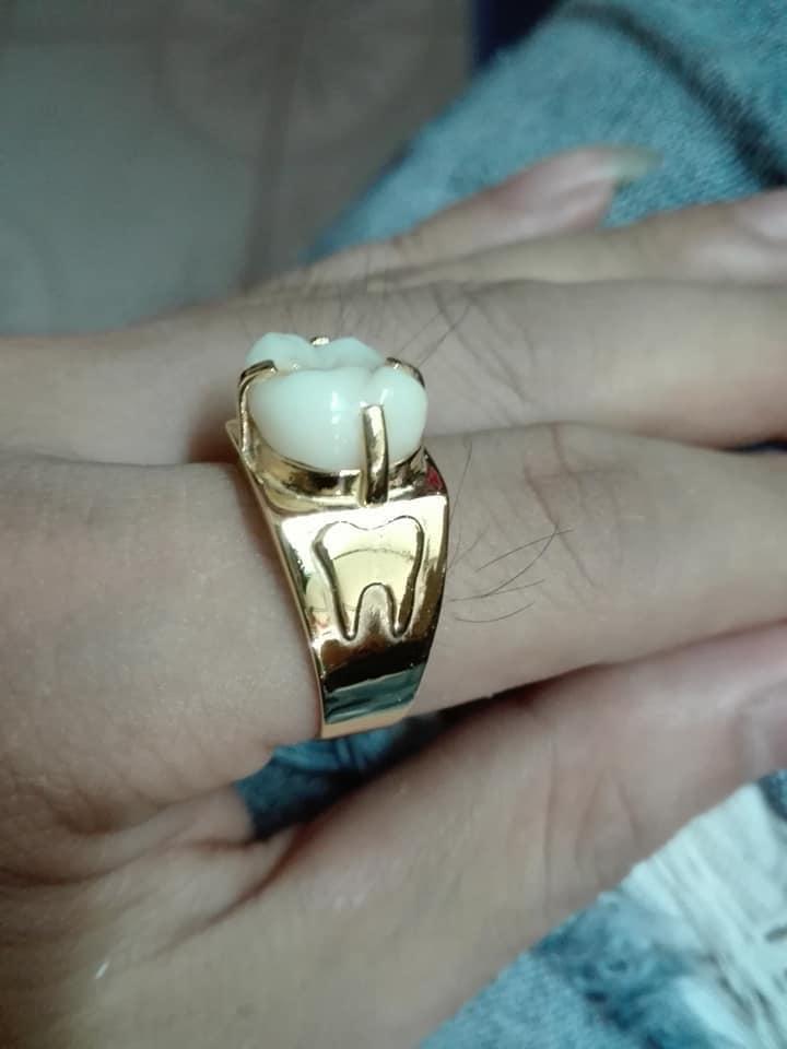 Chị vợ hi vọng, mỗi khi chồng nhìn chiếc nhẫn sẽ nghĩ đến chị và nhớ không được gọi tên người cũ.