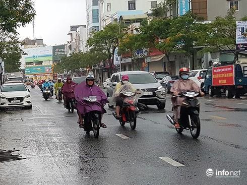 Sáng nay 11/11, Đà Nẵng có mưa, và dự báo đến hết ngày 12/11 sẽ tiếp tục có mưa to đến rất to (Ảnh: HC)
