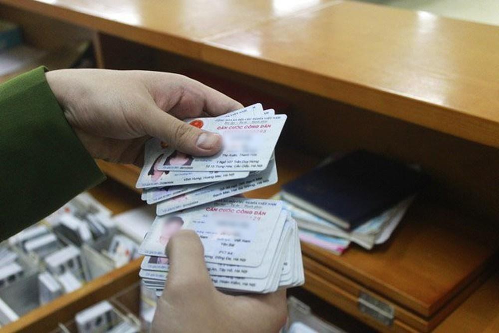 Một số hình ảnh về thẻ căn cước công dân. (Ảnh: Luật Việt Nam)