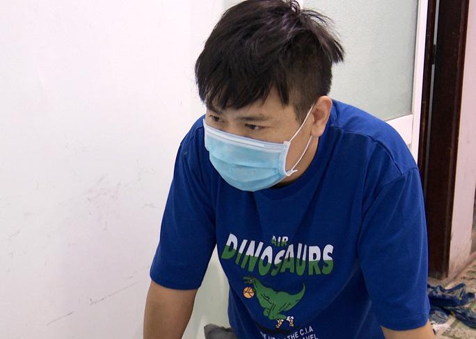 3 đối tượng người Trung Quốc nhập cảnh trái phép vào Bạc Liêu gồm: Liu Feng, Liu Wu, Dong Chang Jiang (từ trên xuống dưới)