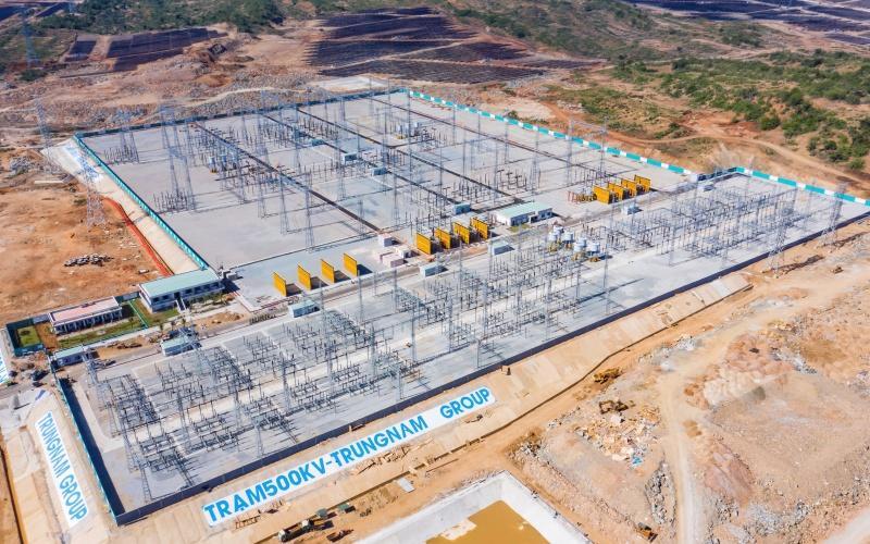 Trạm biến áp kết hợp đường dây 500 kV do Trungnam Group góp phần giải tỏa công suất các nhà máy ĐMT tại Thuận Nam và các nhà máy điện NLTT khác trong khu vực.