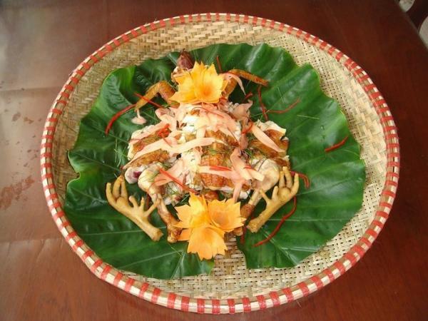 Gà chín cựa được chế biến thành rất nhiều món ăn ngon hảo hạng