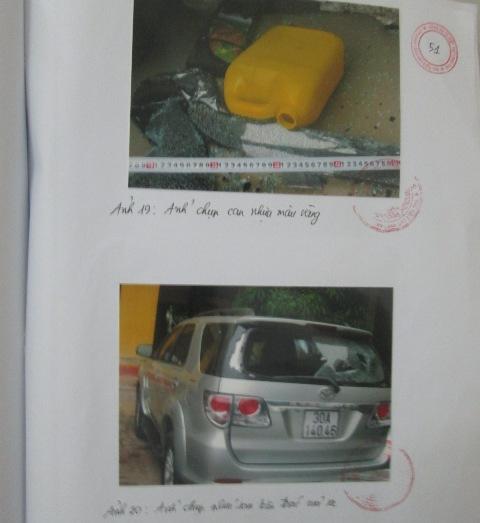 Chiếc can chứa xăng và chiếc xe ô tô của anh Báu bị Tuân làm hư hại.