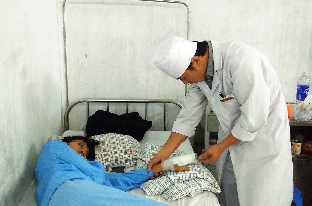 Cháu L. tại bệnh viện