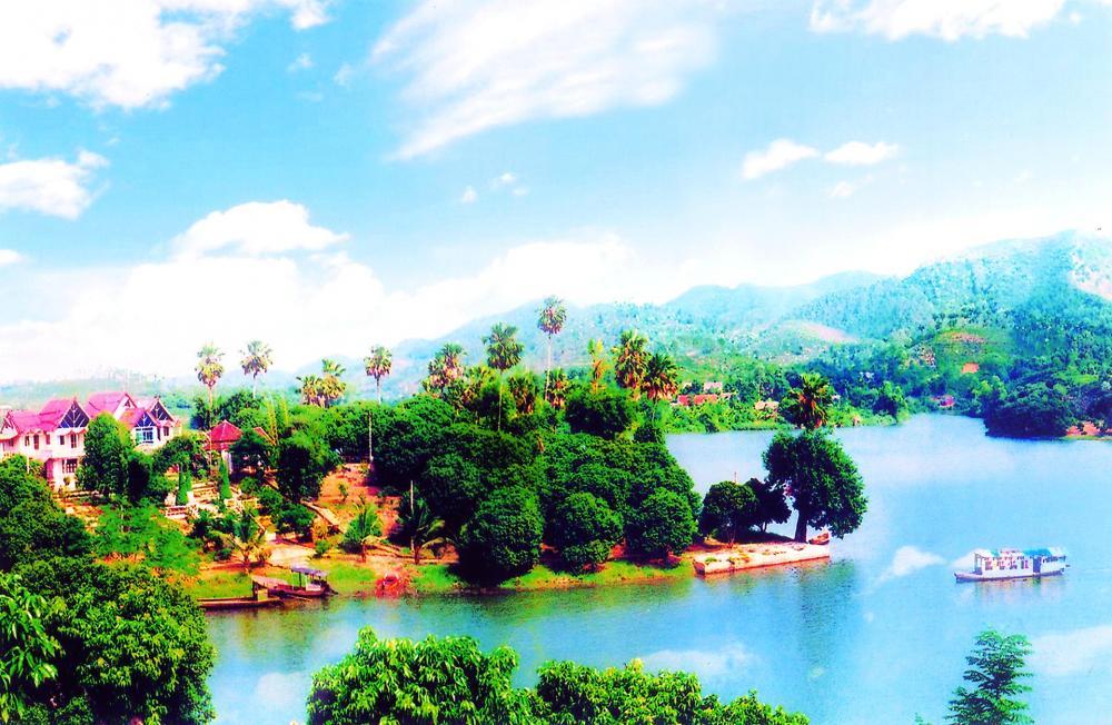 Đầm Ao Châu, Hạ Hòa. (Ảnh: top7thuvi.com)